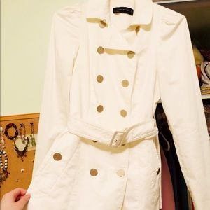 65% OFF ZARA - White Trench w/ Gold Anchor Buttons